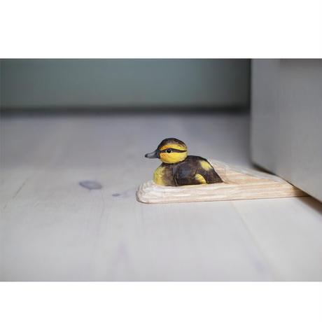 Wildlife Garden 手彫りアニマル・フック:子ガモ