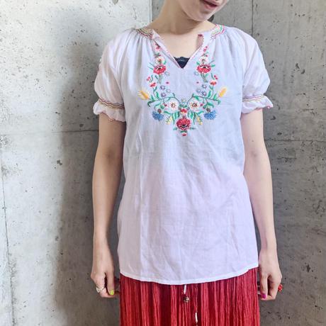 ハンガリー カロチャ刺繍 カラフルお花 パフスリーブブラウス[9553]