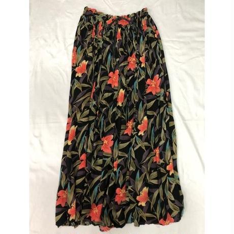 ボタニカル柄インドレーヨンスカート  (BLACK)  [7102]