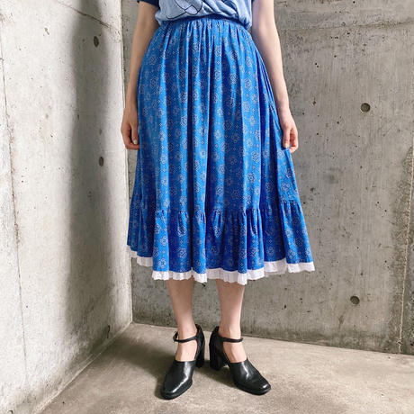 1970'S VINTAGE  バンダナモチーフ×裾カットワークレースティアードスカート[9449]