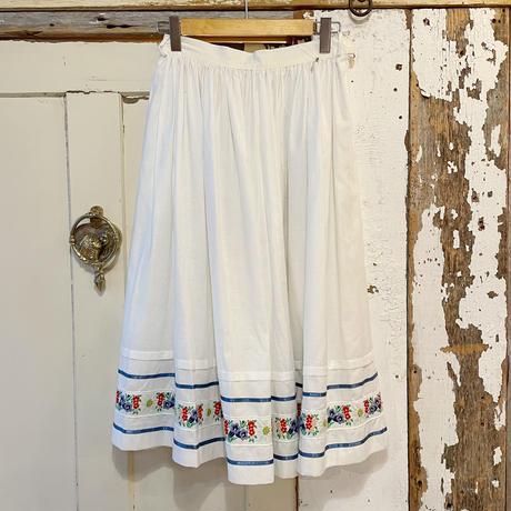 お花刺繍チロリアンテープ ホワイト チロルスカート[2080]