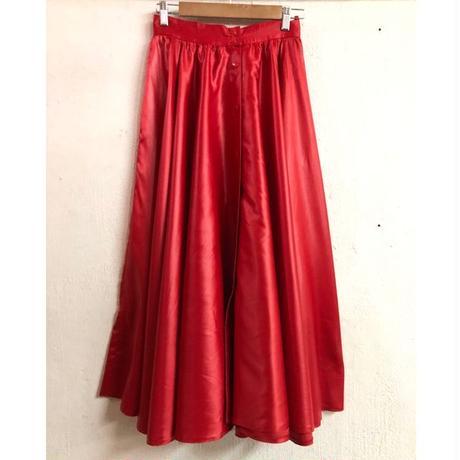 1980〜90s 赤 フロントボタンデザイン シャイニーボリュームフレアスカート [7559]