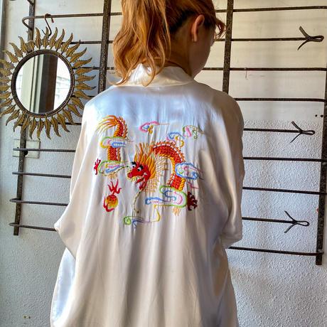 EURO vintage ホワイト ドラゴンモチーフ チャイナ刺繍ガウン [9192]
