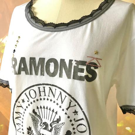 zechia MAKEOVER☆古着風ROCK-T / RAMONES ①