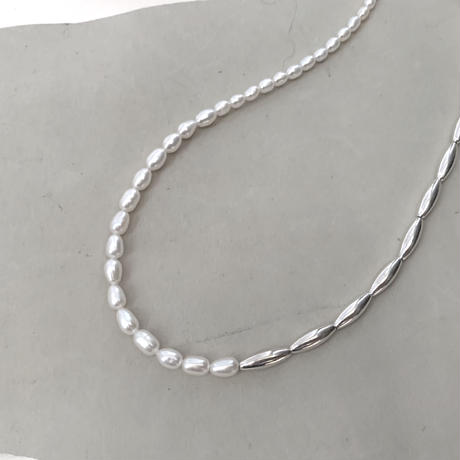 rise pearl & silver beads necklace