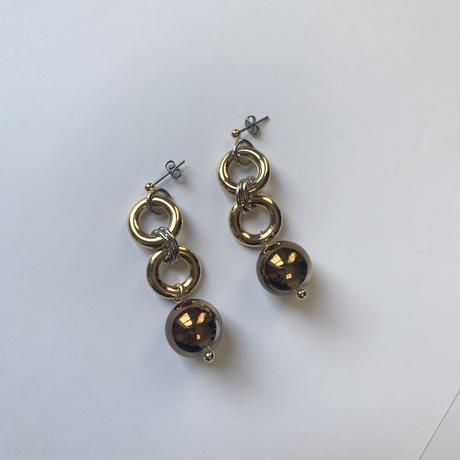 vintage beads pierce