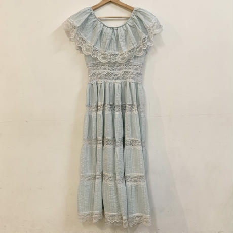 1970s Baby blue cotton dress