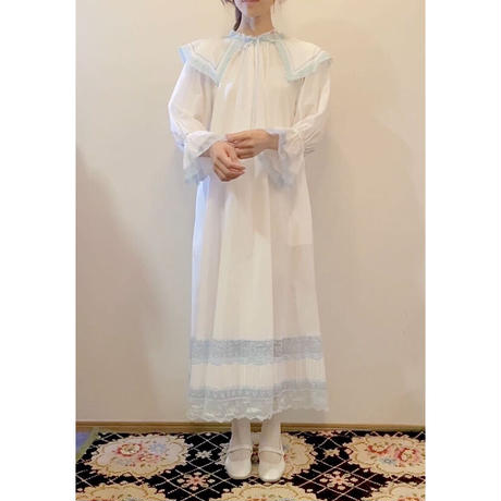 overlace night dress  white blue