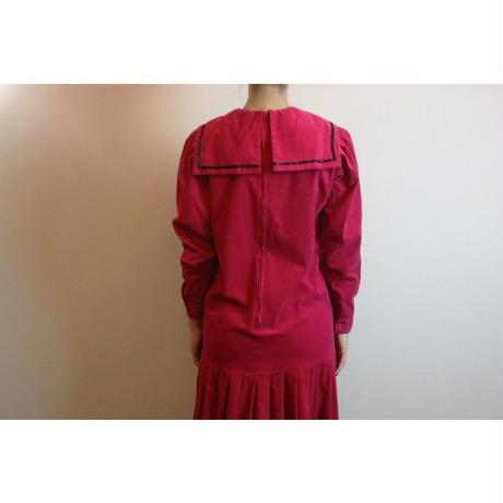 D528 1980s LAURA ASHLEY corduroy shocking pink dress