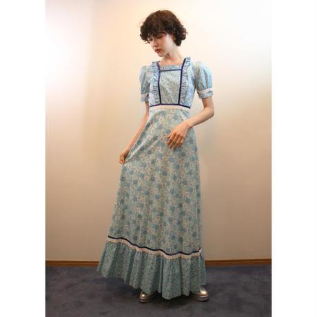 1970s blue dress