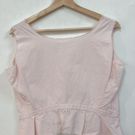 pink camisole(England)
