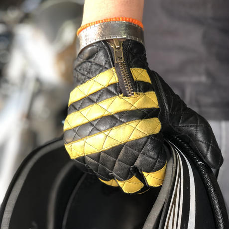 Leather glove / yellow x Black 黄×黒 囚人グローブ