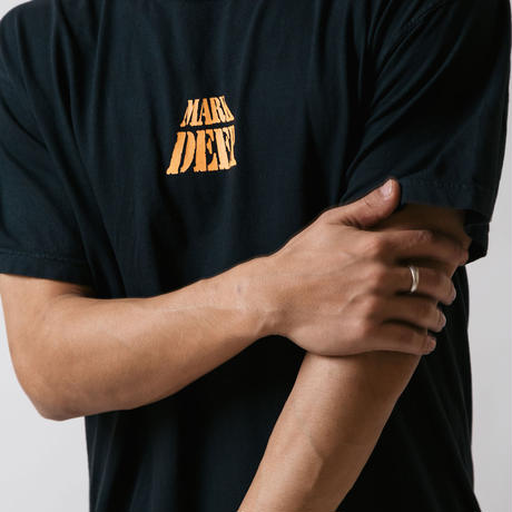 MARK DEEP TEE BLACK