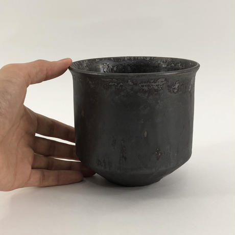 Roughness black Wide cylinder pot(M)