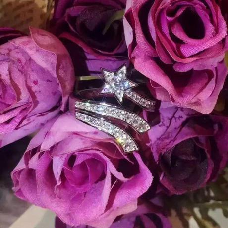 925スターリングシルバー CZダイヤモンド スターモチーフ 流れ星 リング 指輪 キラキラ ラッキーリング フリーサイズ