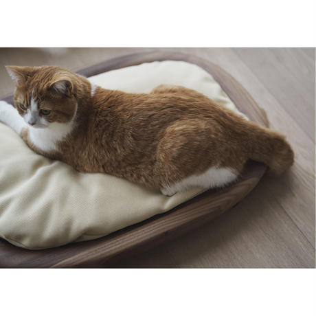 KARIMOKU CAT BED イエローベージュ&ウォールナットナチュラル