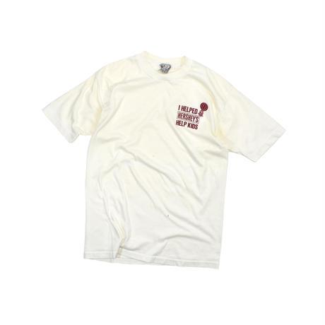 "USED 80'S ""I HELPED HERSHEY'S HELP KIDS"" T-shirt"