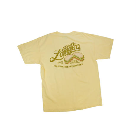 """""""LANGER'S DELICATESSEN-RESTAURANT"""" T-shirt"""