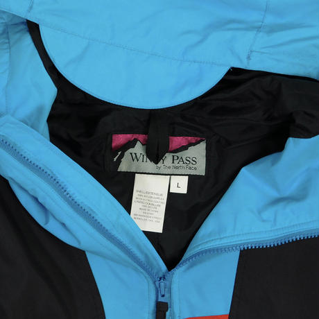 "USED ""WINDY PASS BY THE NORTH FACE"" PULLOVER JACKET"