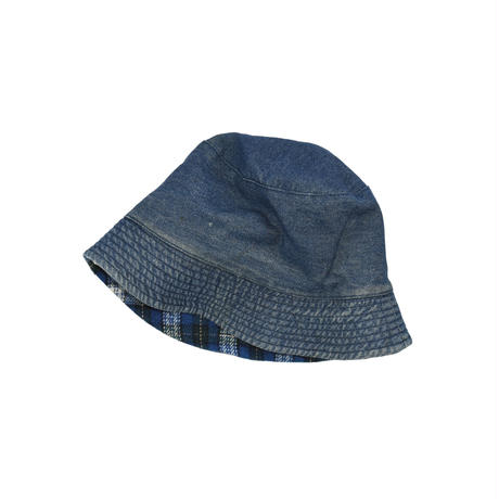 USED UNKNOWN REVERSIBLE BUCKET