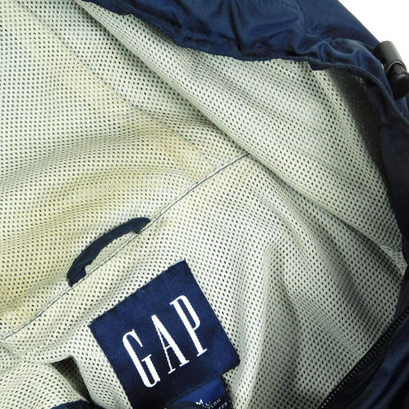"USED ""GAP"" NYLON VEST"
