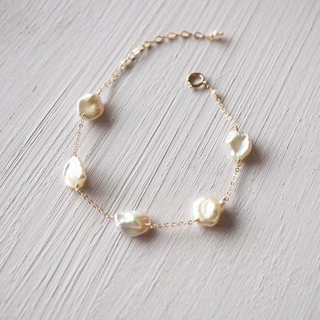 【14kgf】ケシパールのステーションブレスレット/Keshi pearl bracelet