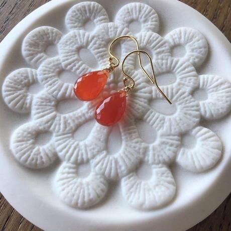 【14kgf】【K18】【7月誕生石】カーネリアンのシンプルピアス【July birthstone】Carnelian simple earrings