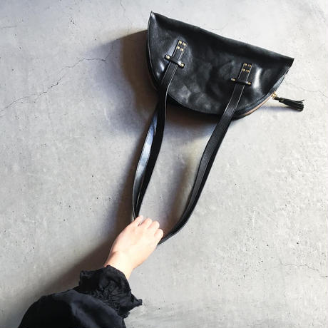 TASSEL BOSTON BAG