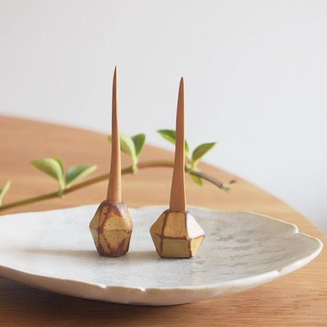 青木郁美   りんごの木の楊枝/種 AO-06