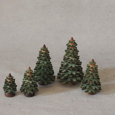 ギザギザの針葉樹 35  グリーン ER-06