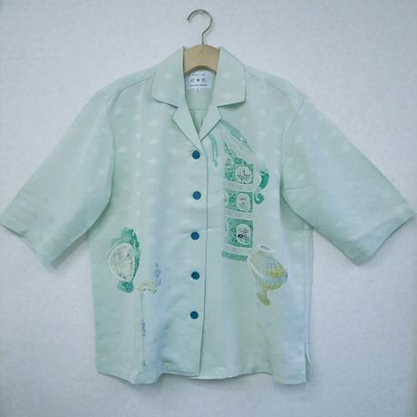 オリエンタルアロハシャツ (女性Lサイズ七分袖) 薄緑 和柄