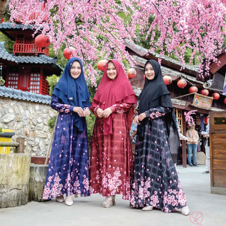 New Sakura Series (set with square hijab)