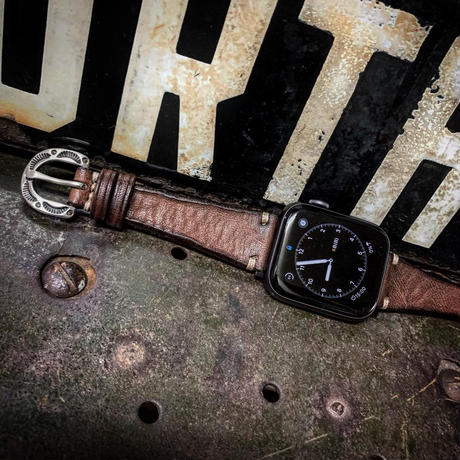 Dutch Leather Company ×  MASAYOSHI Apple Watch belt