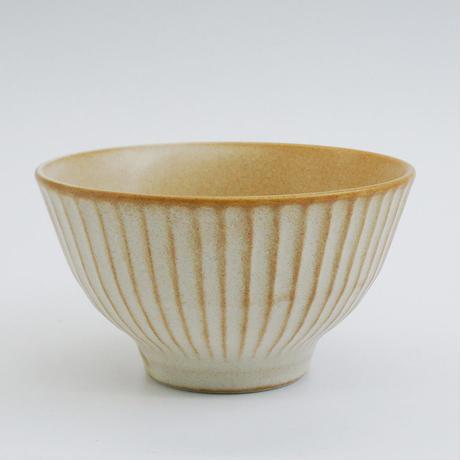 【M036wh】パンとごはんと... しのぎの茶碗  white