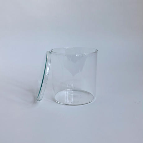 GLASS  /    S