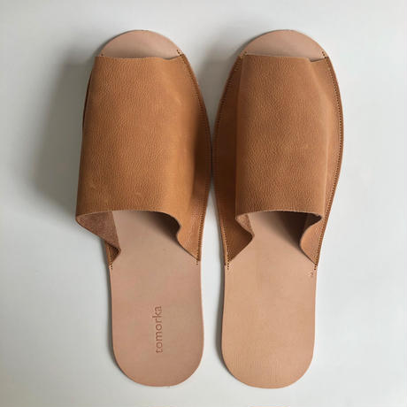 tomorka / Leather Slippers  / size : 2