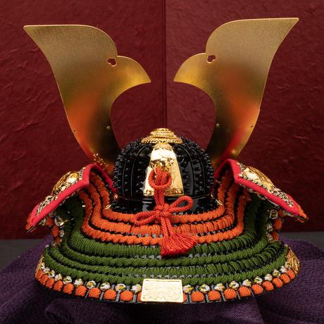 牡丹図 阿古陀形之兜 落水柄手漉き和紙二曲屏風飾り
