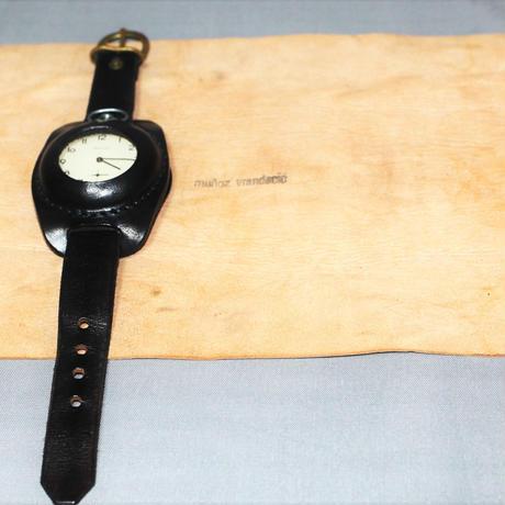 MUNOZ VRANDECIC / Leather watch case and vintage pocket watch