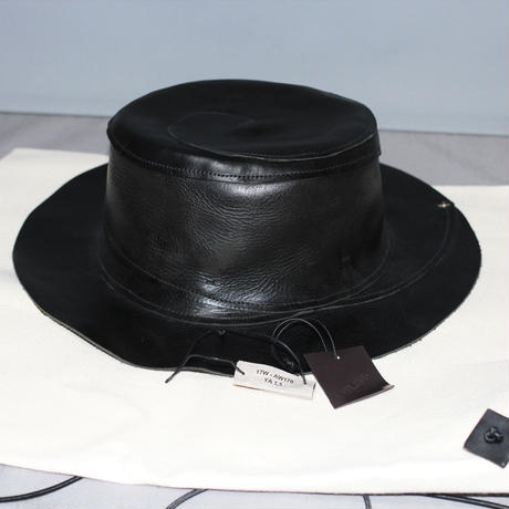 M.A+ by Maurizio Amadei / Spiral leather hat (17AW)