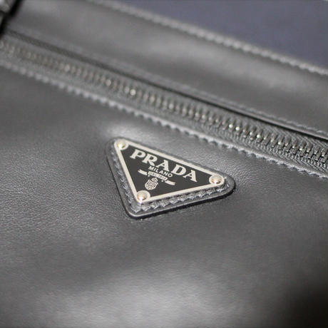 PRADA / 19AW Logo Leather pouch