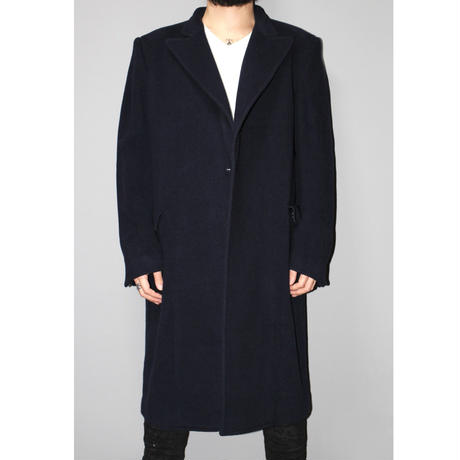 VETEMENTS / AW18 UNISEX Oversized inside out coat