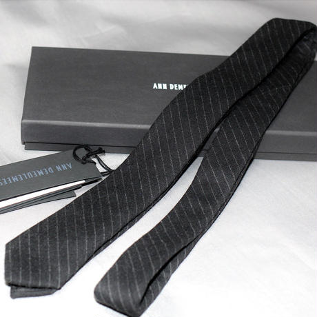 ANN DEMEULEMEESTER / WOOL SUIT and Tie
