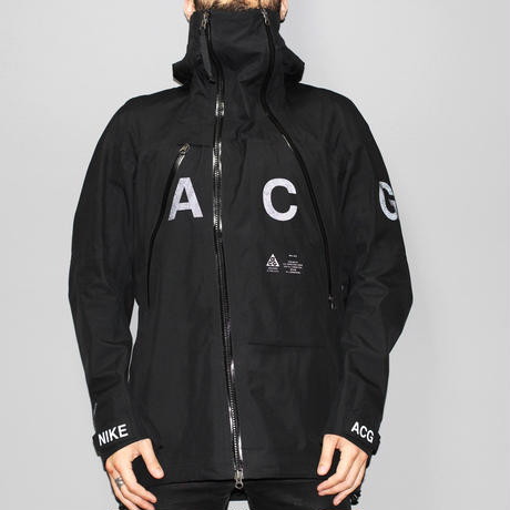 Nike lab ACG / Alpine jacket  ( 3L gore-tex )