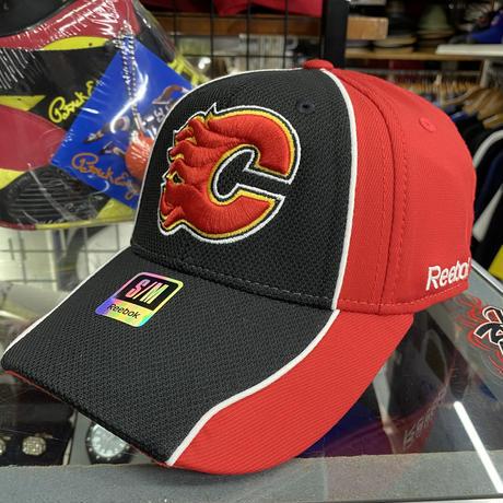 【S/M】 Reebok リーボック Flames カルガリー フレームス NHL フレックスキャップ