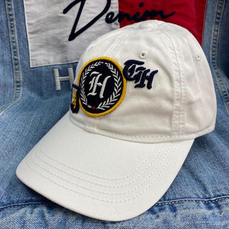 トミーヒルフィガー TommyHilfiger ストラップバック キャップ 帽子 ローキャップ 白 パッチ仕様 コットン100%
