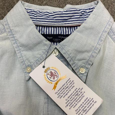 35th限定 TOMMY HILFIGER トミーヒルフィガー CREST ボタンダウンシャツ ライトウォッシュ