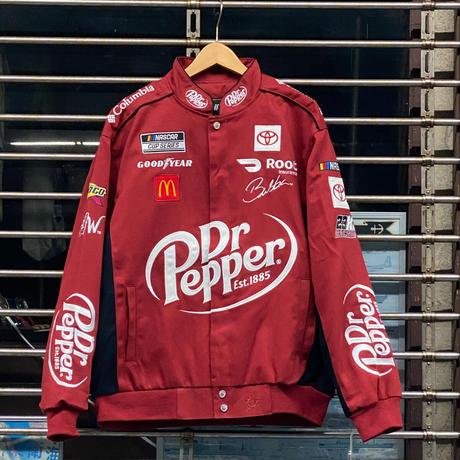 NASCAR ナスカー JHデザイン Dr. Pepper レーシングジャケット 23XI Racing ダレルウォレスJr.