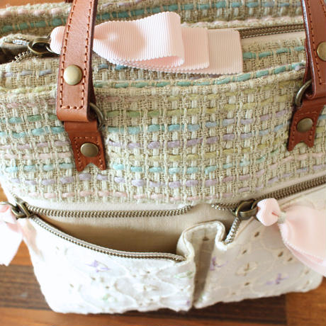 B228_2 pocket shoulder tote / moss green × lace