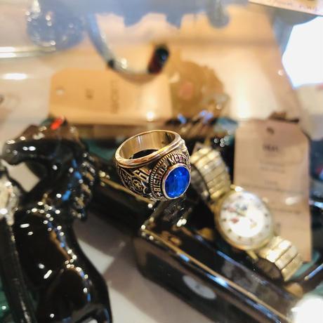 vintage ring #R/45