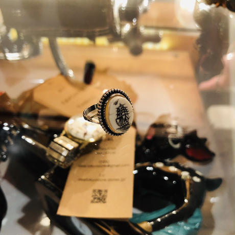 vintage ring #R/11